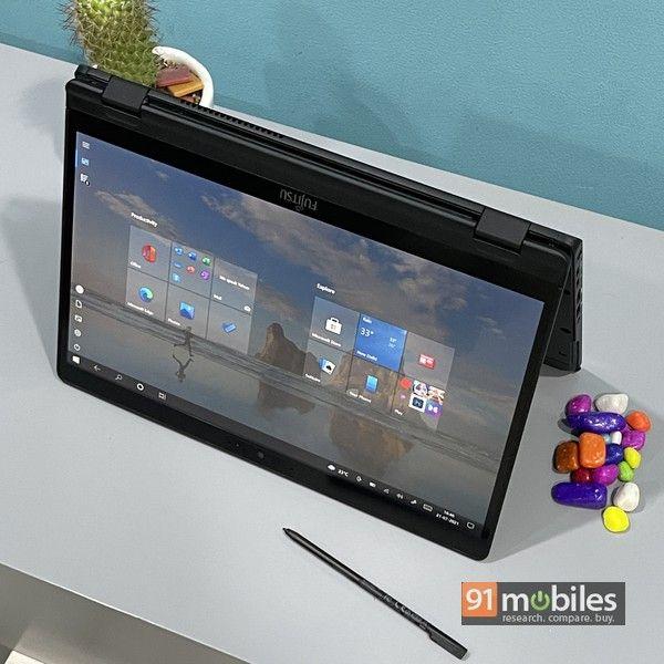 Fujitsu UH X laptop 14