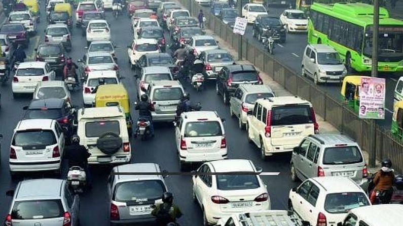 अधिसूचना के अनुसार बीएच-श्रृंखला के गैर-परिवहन वाहनों के रजिस्ट्रेशन के समय राज्यों/संघ शासित प्रदेशों द्वारा 10 लाख रुपये तक के वाहन पर आठ प्रतिशत का मोटर वाहन टैक्स लिया जाएगा. 10 से 20 लाख रुपये के वाहन पर यह कर 10 प्रतिशत, 20 लाख रुपये से अधिक के वाहन पर 12 प्रतिशत होगा. डीजल वाहनों पर दो प्रतिशत अतिरिक्त शुल्क लिया जाएगा. वहीं. इलेक्ट्रिक वाहनों पर दो प्रतिशत कम शुल्क लगेगा.