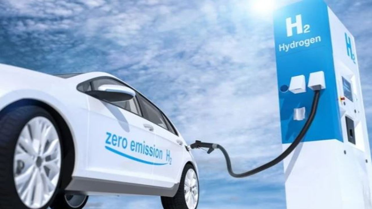 पेट्रोल न बिजली अब ग्रीन हाइड्रोजन से फर्राटा भरेंगी